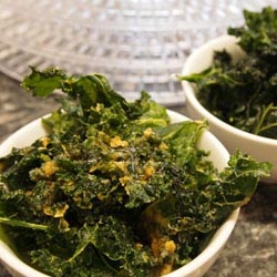 dehydrated cheesy kale chips