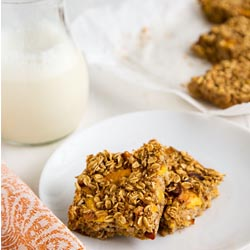 peach oat bars