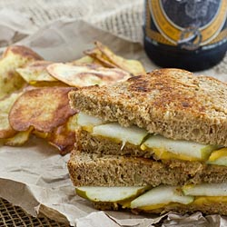 pear sharp cheddar grilled cheese